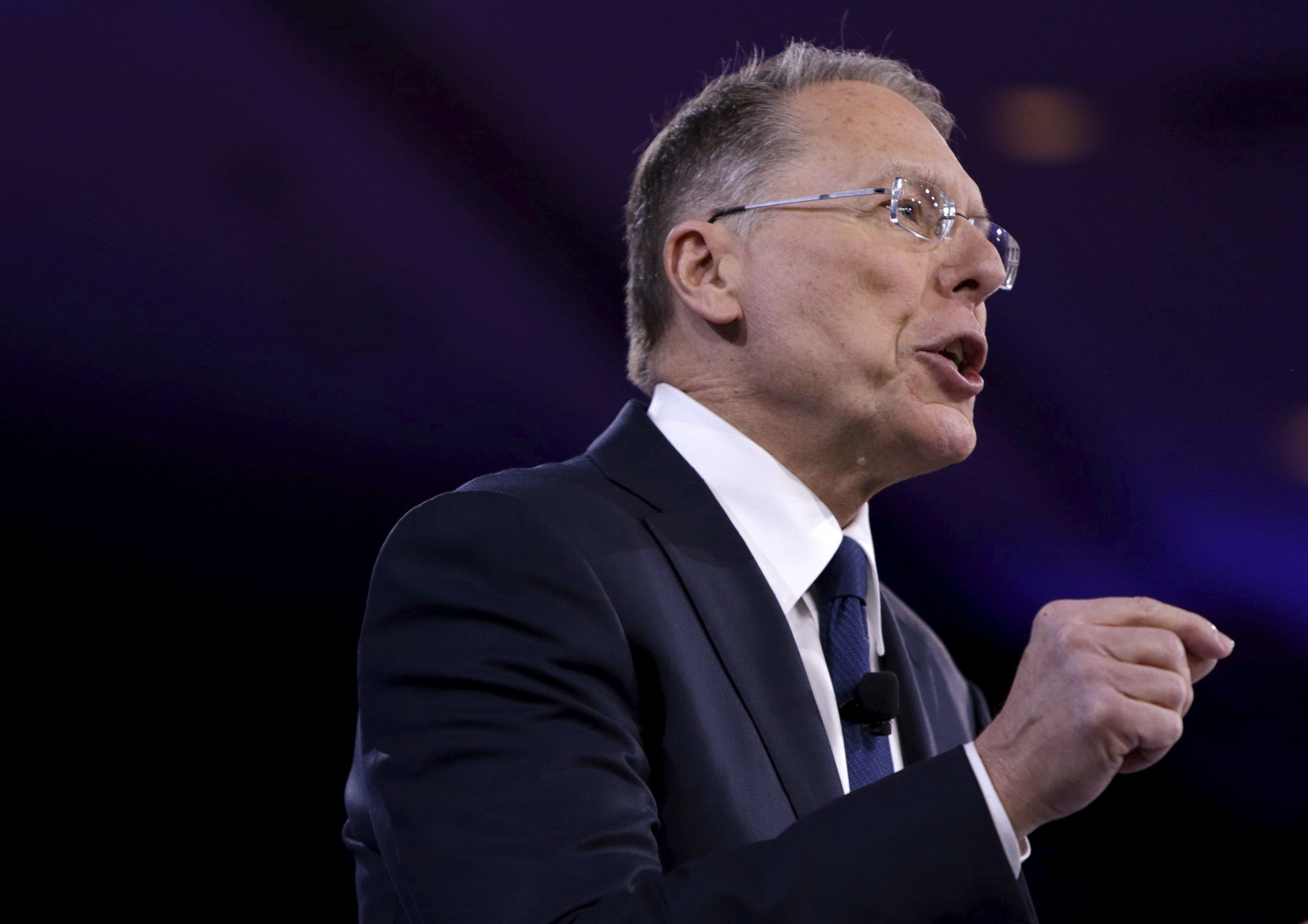 National Rifle Association (NRA) CEO Wayne LaPierre speaks at the American Conservative Union 2016 annual conference in Maryland, March 3, 2016. REUTERS/Gary Cameron
