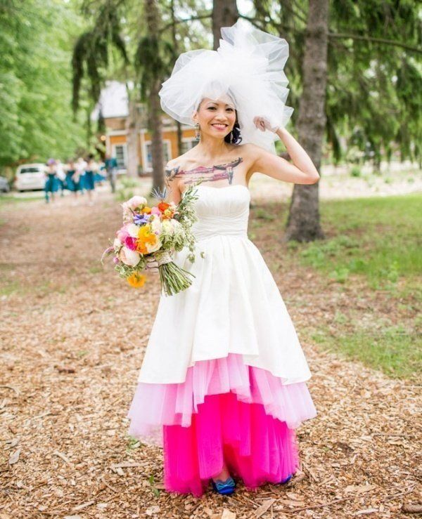 22 Ombre Wedding Dresses For Brides Who Want To Show Their True ...