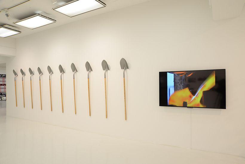 Pedro Reyes, <em>Guns for Shovels</em>, 2008 -. Installation view, <em>Socially Engaged Art</em>, 3331 Arts Chiyoda, Tokyo, 2