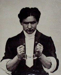 "Harry Houdini <a rel=""nofollow"" href=""https://www.wildabouthoudini.com/"" target=""_blank"">www.wildabouthoudini.com</a>"