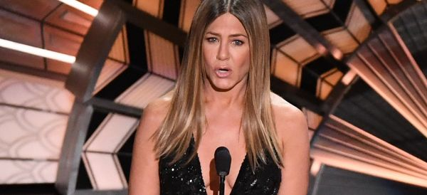 Jennifer Aniston Pays Emotional Tribute To Bill Paxton At The Oscars