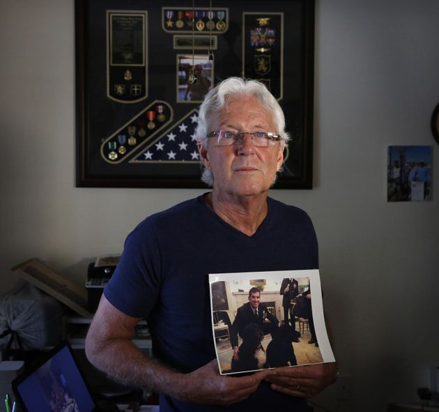 Father of dead Navy SEAL refused to meet Trump at ceremony