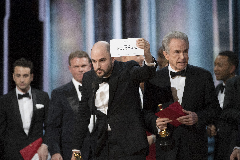 THE OSCARS(r) - The 89th Oscars(r)  broadcasts live on Oscar(r) SUNDAY, FEBRUARY 26, 2017, on the ABC Television Network. (Eddy Chen/ABC via Getty Images) JORDAN HOROWITZ, WARREN BEATTY
