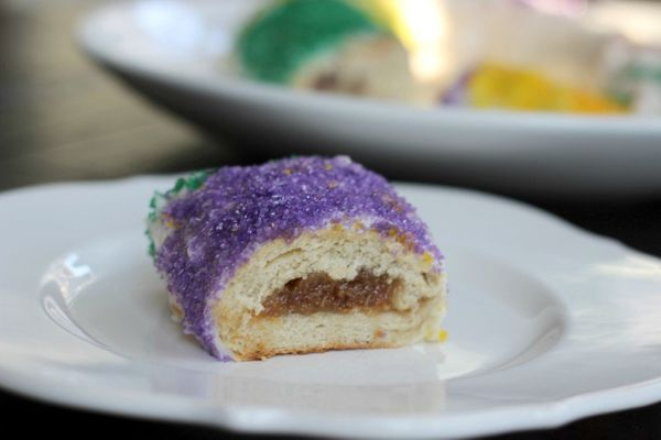 """<strong>Get the <a href=""""http://kitchenbelleicious.com/2015/02/03/pecan-pie-stuffed-king-cakeboudin-king-cake/"""" target=""""_blan"""