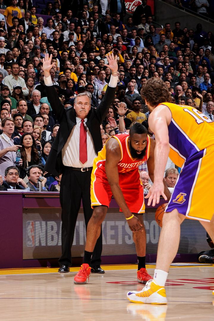 """Mike D'Antoni is doing the same thing he did in Phoenix,"" Barkley says. ""He's just an offensive genius, plain an"