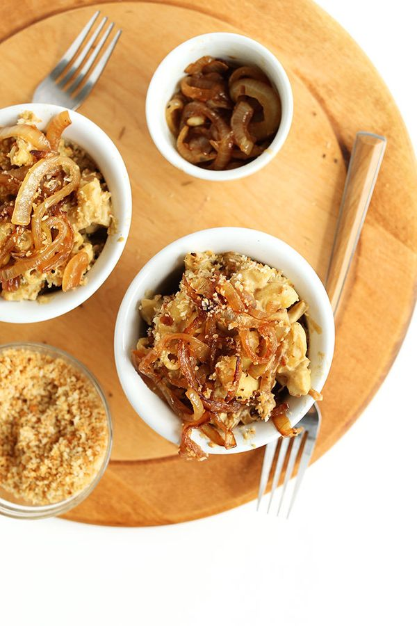 """<strong>Get the <a href=""""http://minimalistbaker.com/vegan-caramelized-onion-mac-n-cheese/"""" target=""""_blank"""">Vegan Caramelized"""