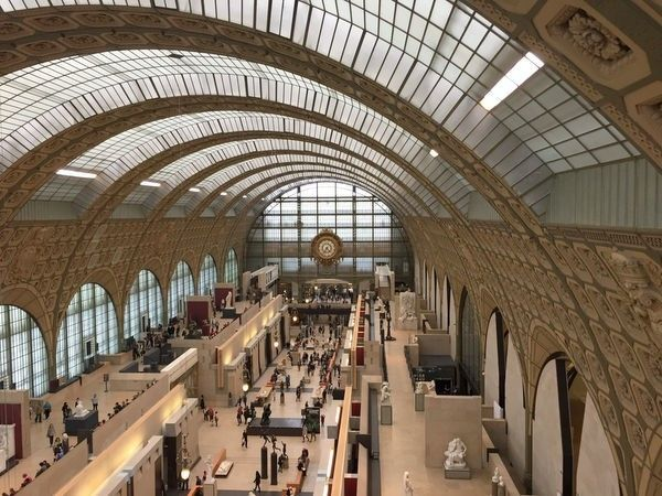 <strong><em>The Musée d'Orsay Used to be a Train Station, and Even Maintains Its Original Clock</em></strong>