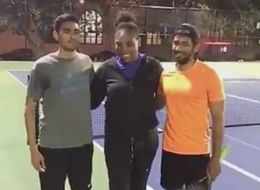 Serena Williams Gatecrashed Two Guys Playing Tennis While Out Walking Her Dog