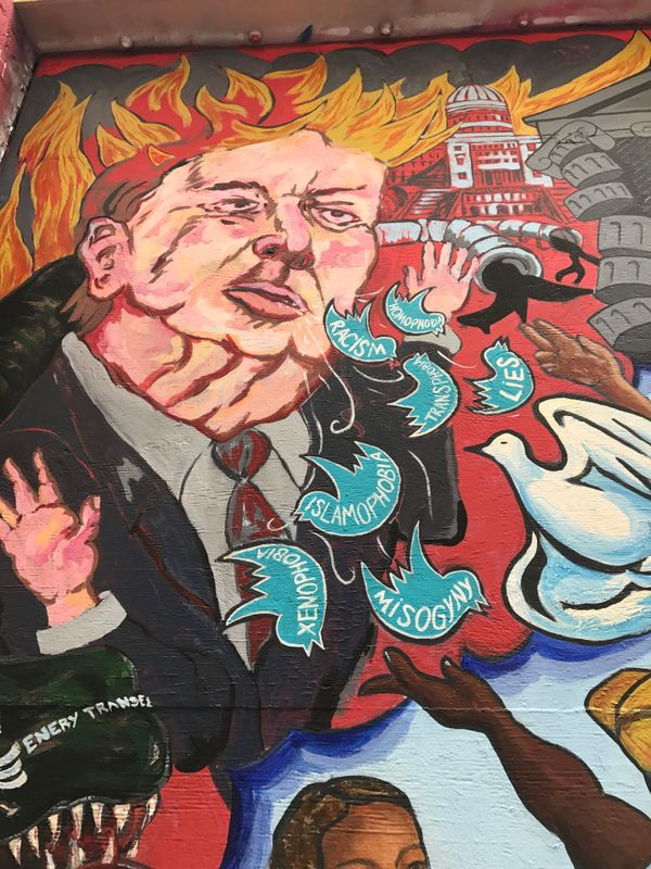 Lola McKnight spotted this mural in San Francisco's Clarion Alley in February 2017. The artist is unknown.