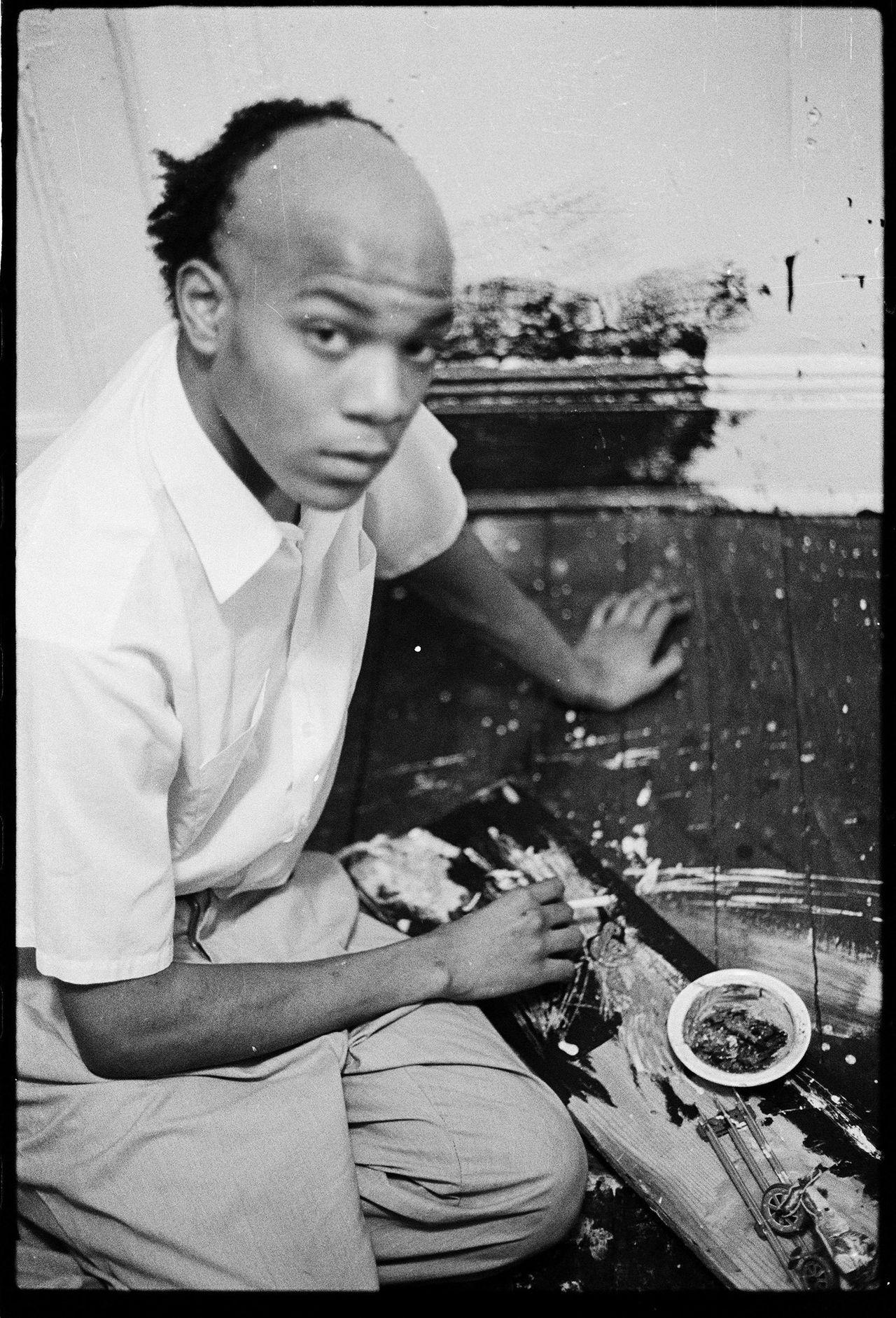 Basquiat in the apartment, 1980.
