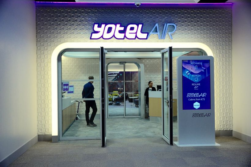 Adjacent to the free transit lounge, a Yotel provides rooms by the hour.