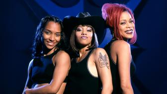 HOLLYWOOD, CA - 1999:  Musical group TLC, Rozonda 'Chilli' Thomas, Lisa 'Left Eye' Lopes (May 27, 1971-April 25, 2002) and Tionne 'T-Boz' Watkins pose for a studio portrait in 1999 in Hollywood, California.  (Photo by Ron Davis/Getty Images)