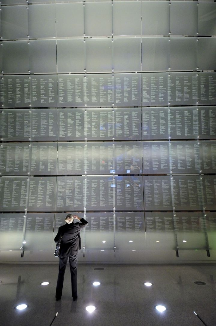 """The names of 2,291 individuals from around the world are etched on the Newseum's <a rel=""""nofollow"""" href=""""http://www.newseum.o"""