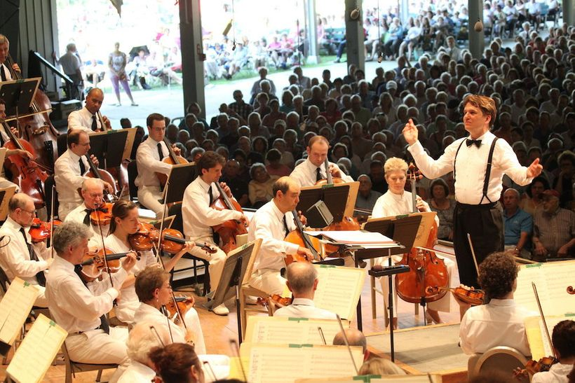 Keith Lockhart Leads the Boston Pops at Tanglewood