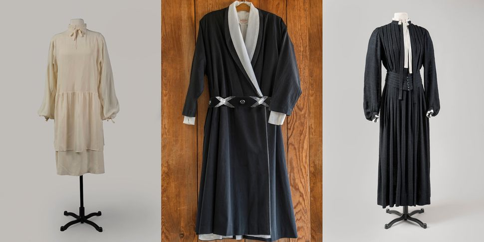 (L) An ivory sile crepe dress attributed to Georgia O'Keeffe, circa 1926, courtesy of Georgia O'Keeffe Museu