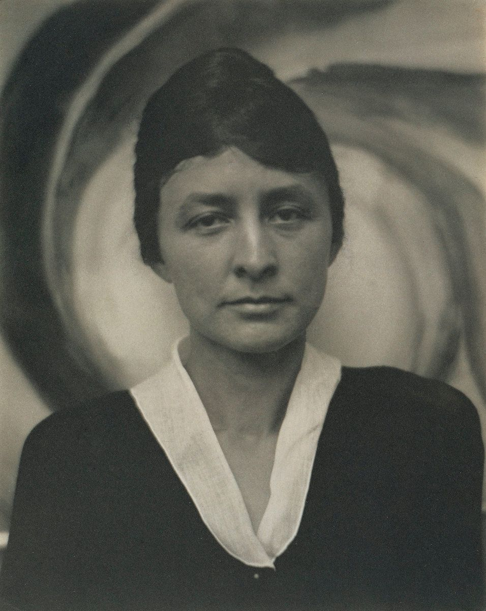 Alfred Stieglitz, portrait of Georgia O'Keeffe at 29, 1917, platinum print, 9⅝ by 7⅝ inches (24.3 by 19.4 centimeters).