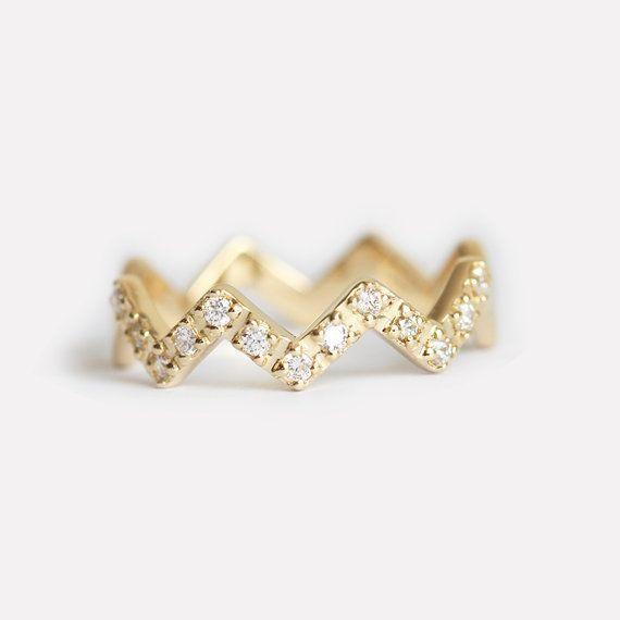 "<i>Buy it <a href=""https://www.etsy.com/listing/470105338/geometric-diamond-ring-geometric-wedding?ref=shop_home_active_23"" t"