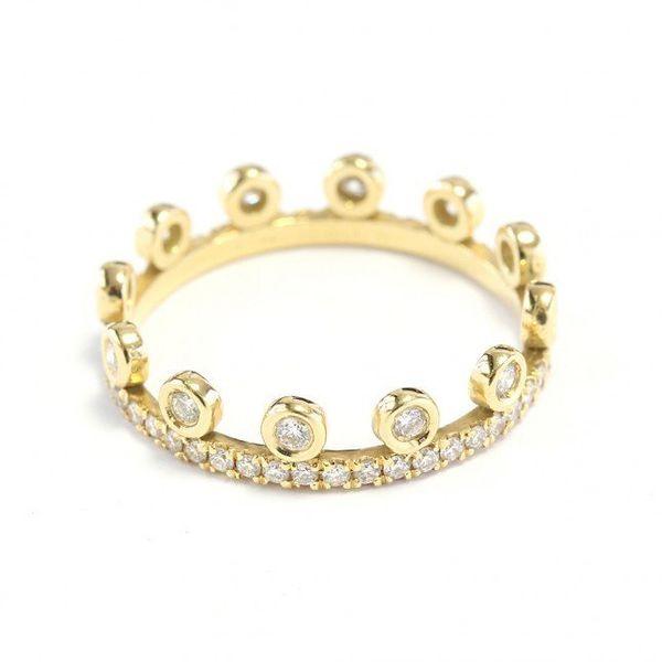 "<i>Buy it <a href=""http://sillyshiny.com/shop/wedding-rings/ready-crown-diamond-eternity-band.html"" target=""_blank"">here</a>"