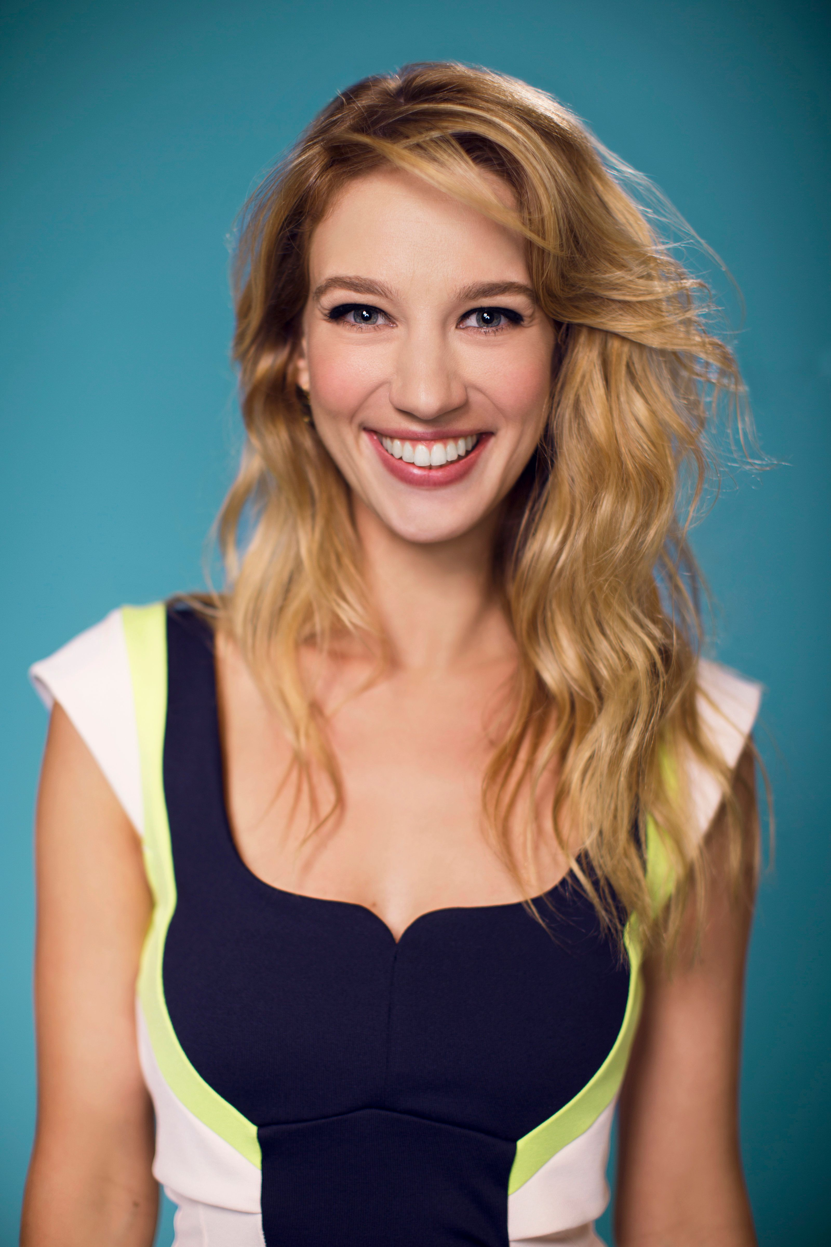 BEVERLY HILLS, CA - JULY 18: Actress Yael Grobglas poses for a portrait at CW network the Summer 2014 TCAs on July 18, 2014 in Beverly Hills, California. (Photo by Christopher Polk/Getty Images)