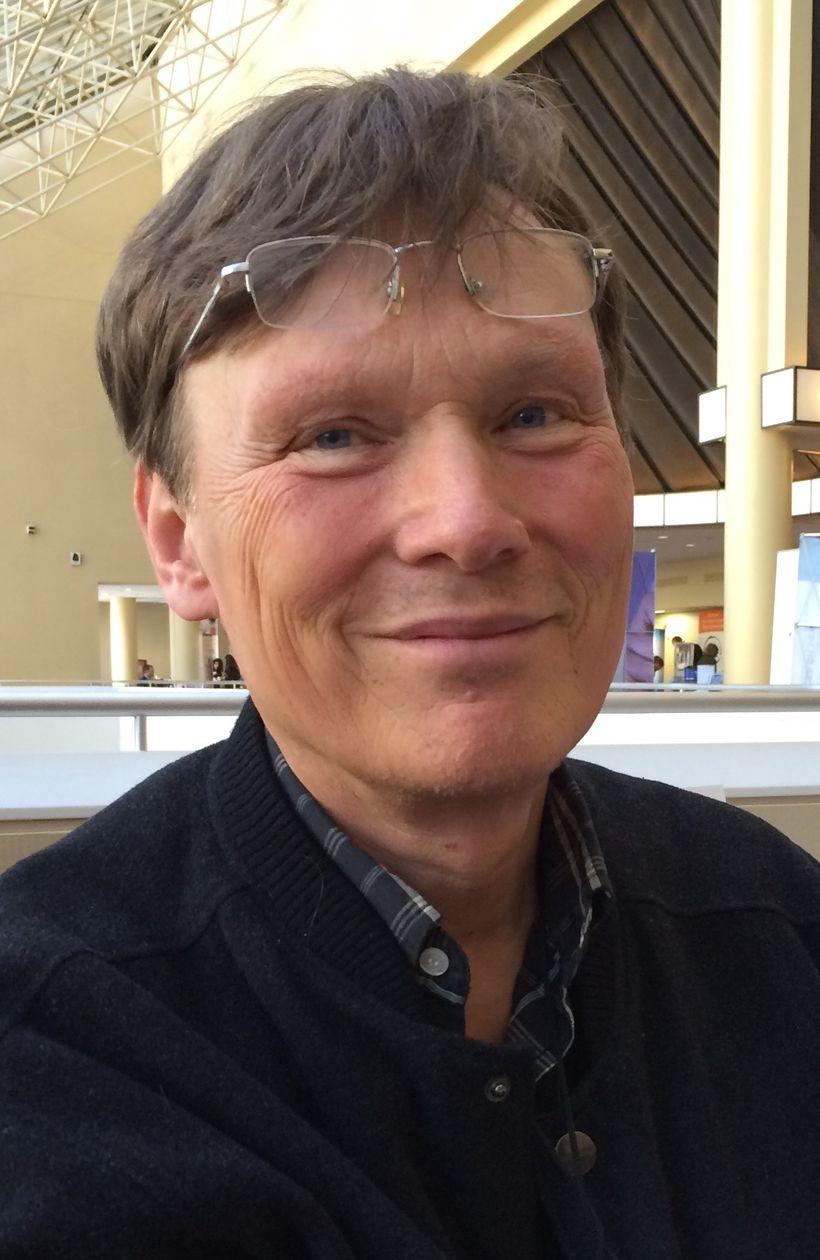 Dr. Kenneth Sandström at a Lyme disease conference in Philadelphia last year.