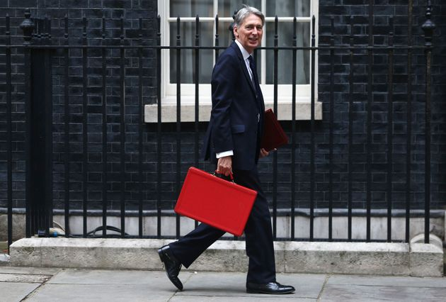 Phillip Hammond arrives in Downing Street to deliver his autumn statement last