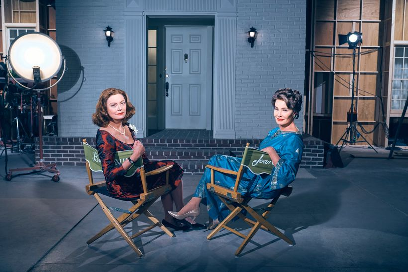 """FEUD: BETTE & JOAN"" -- Pictured: (l-r) Susan Sarandon as Bette Davis, Jessica Lange as Joan Crawford. CR: Kurt Iswarienko/F"