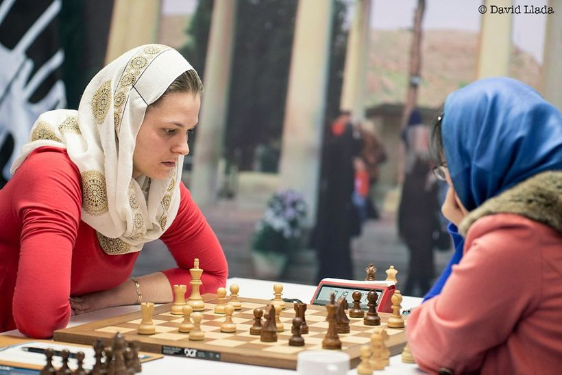Anna Muzychuk, left, during Game 3 of the final of the Women's World Championship, which she won with a brilliant attack.