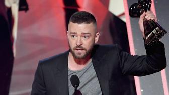 INGLEWOOD, CA - MARCH 05:  Singer Justin Timberlake accepts Song of the Year for 'Can't Stop the Feeling' onstage at the 2017 iHeartRadio Music Awards which broadcast live on Turner's TBS, TNT, and truTV at The Forum on March 5, 2017 in Inglewood, California.  (Photo by Kevin Winter/Getty Images for iHeartMedia)