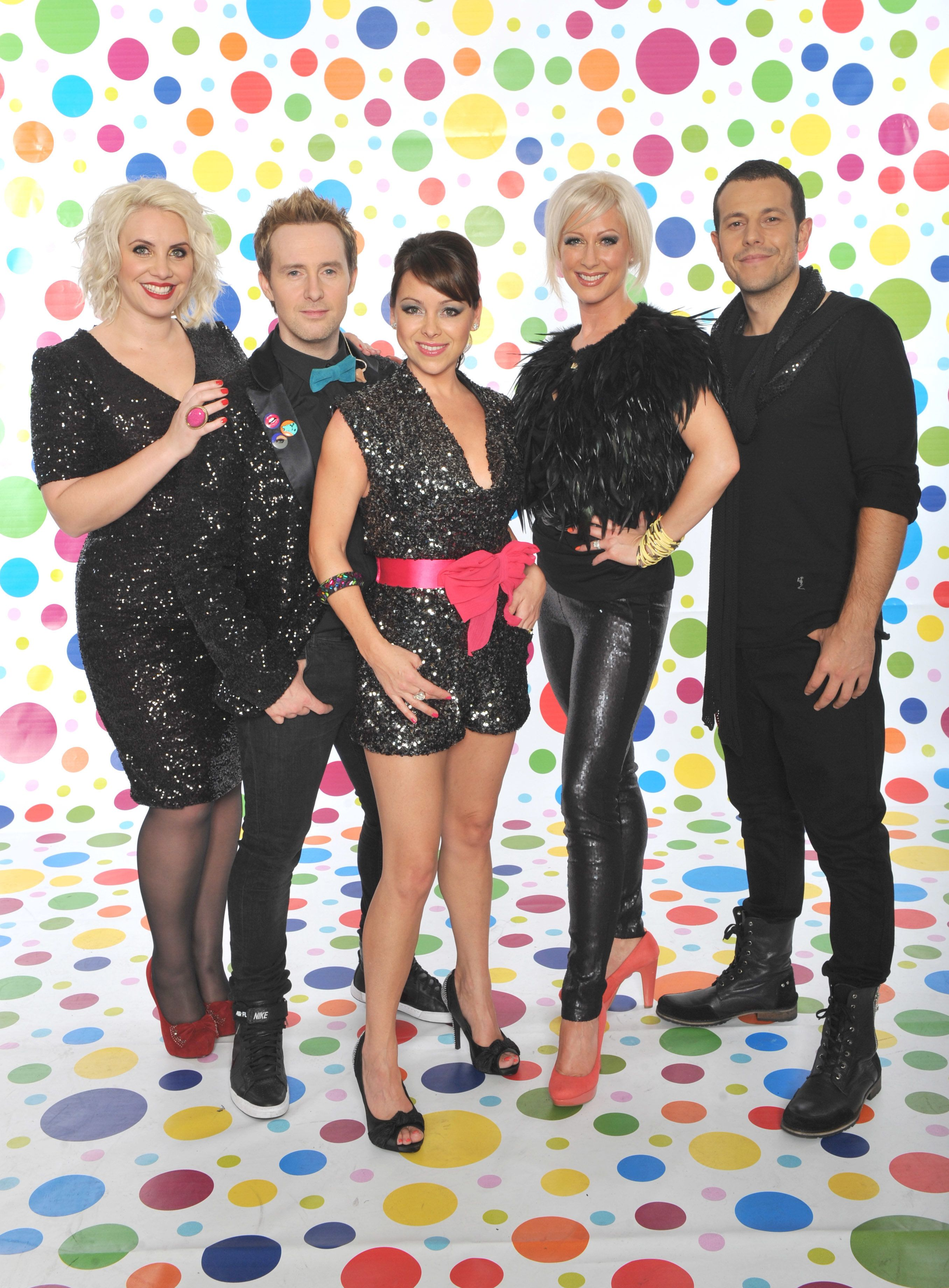 Steps Confirm Comeback Single 'Scared Of The Dark', Album And Tour (All With A Little Help From
