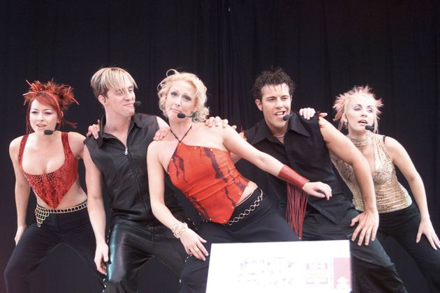 It's happening! Steps are making a comeback for a 2017 arena TOUR