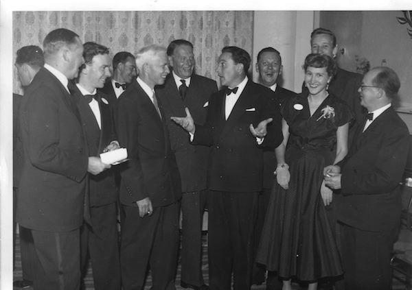 <strong>EIFF 1956 Gene Kelly</strong>