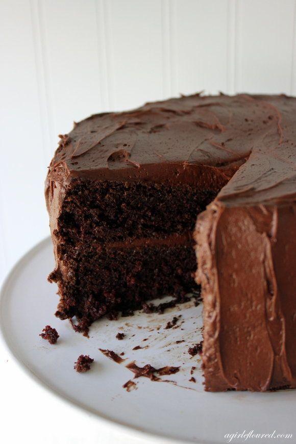 "<strong>Get the <a href=""http://www.agirldefloured.com/2013/04/17/gluten-free-fudge-cake/"" target=""_blank"">Gluten-Free Fudge"