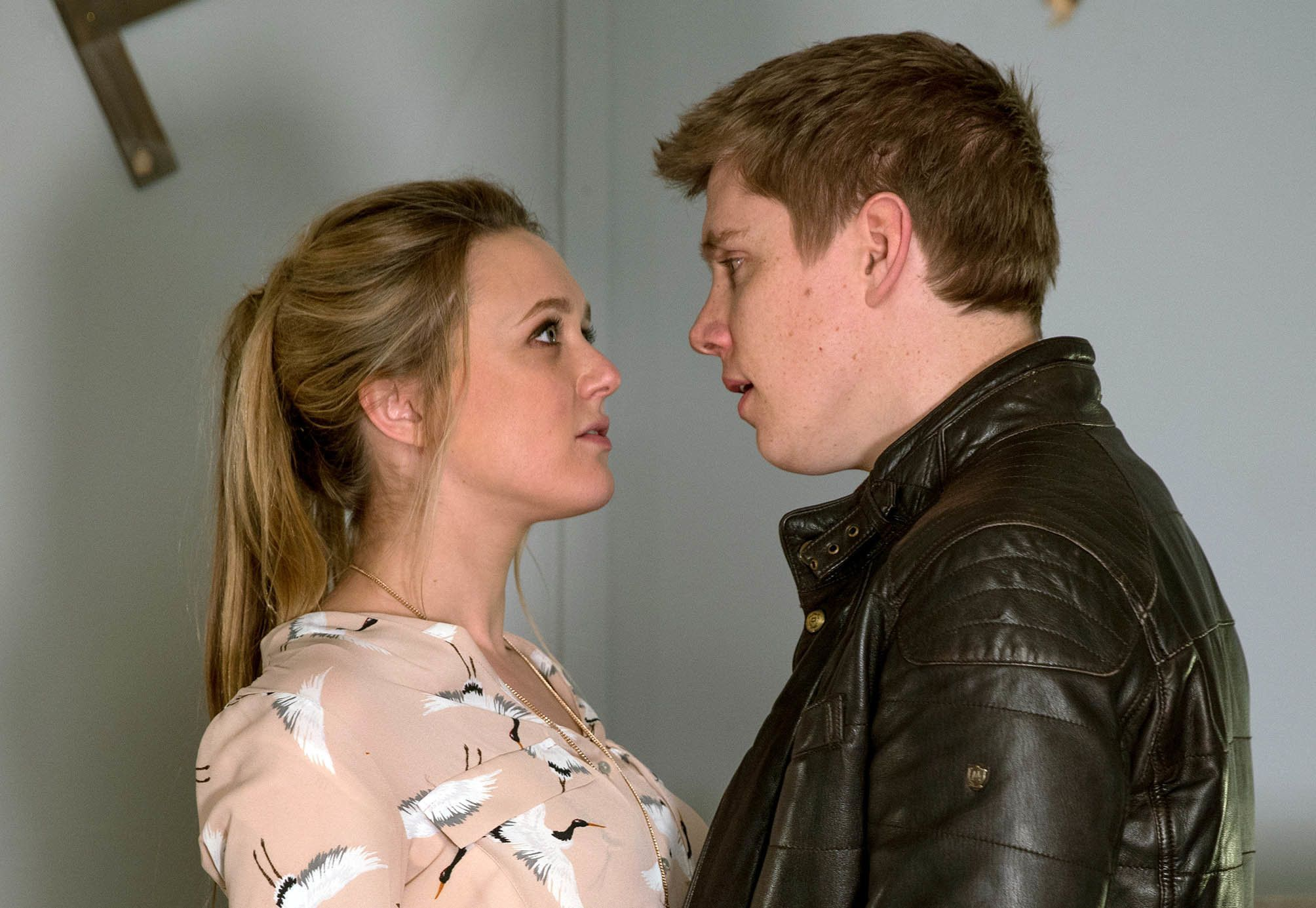 The Moment Fans Of Emmerdale's Robron Have Been Dreading Is Nearly