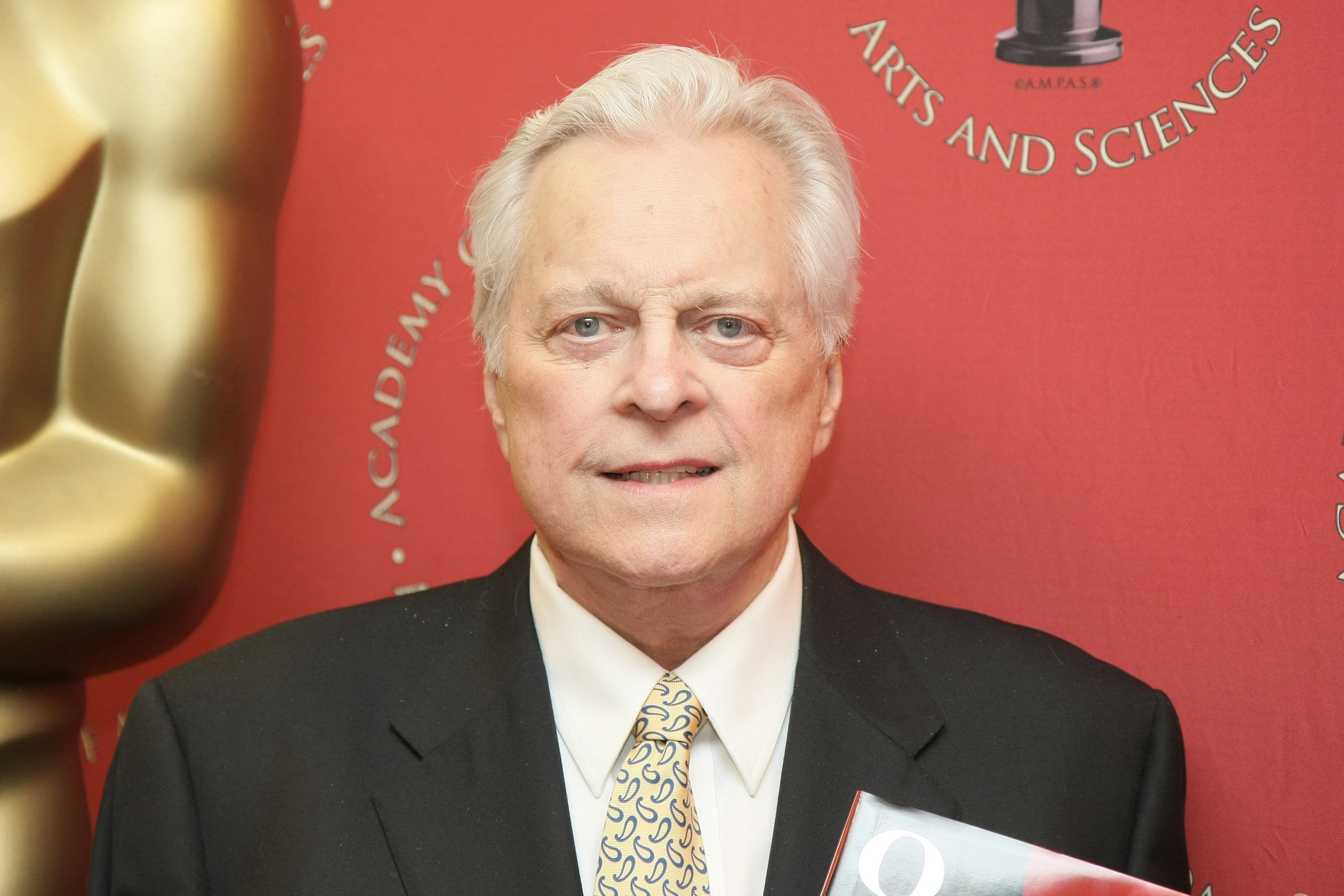 NEW YORK - FEBRUARY 09:  Official biographer of the Academy Awards Robert Osborne poses for a photograph at the book signing of '80 Years of the Oscar: The Official History of the Academy Awards' at Borders Columbus Circle on February 9, 2009 in New York City.  (Photo by Neilson Barnard/Getty Images)