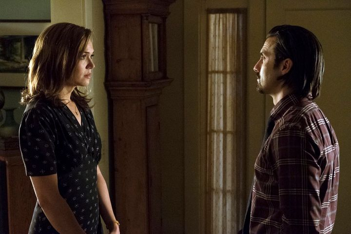 "Mandy Moore as Rebecca and Milo Ventimiglia as Jack on ""This Is Us."""