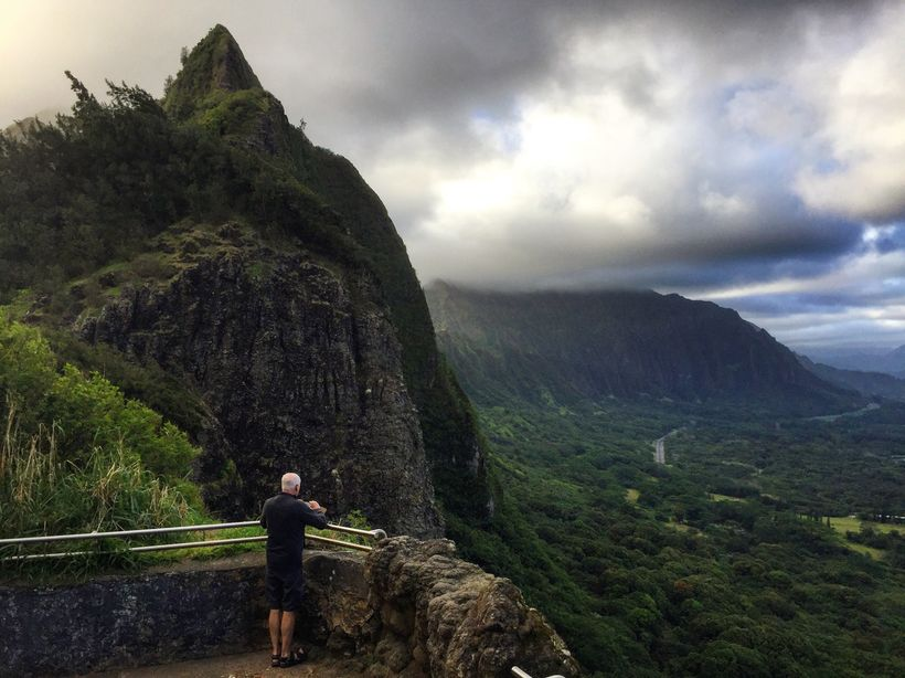 Roads now make it much easier to get around Hawaii, but the natural beauty that Mark Twain so admired remains.
