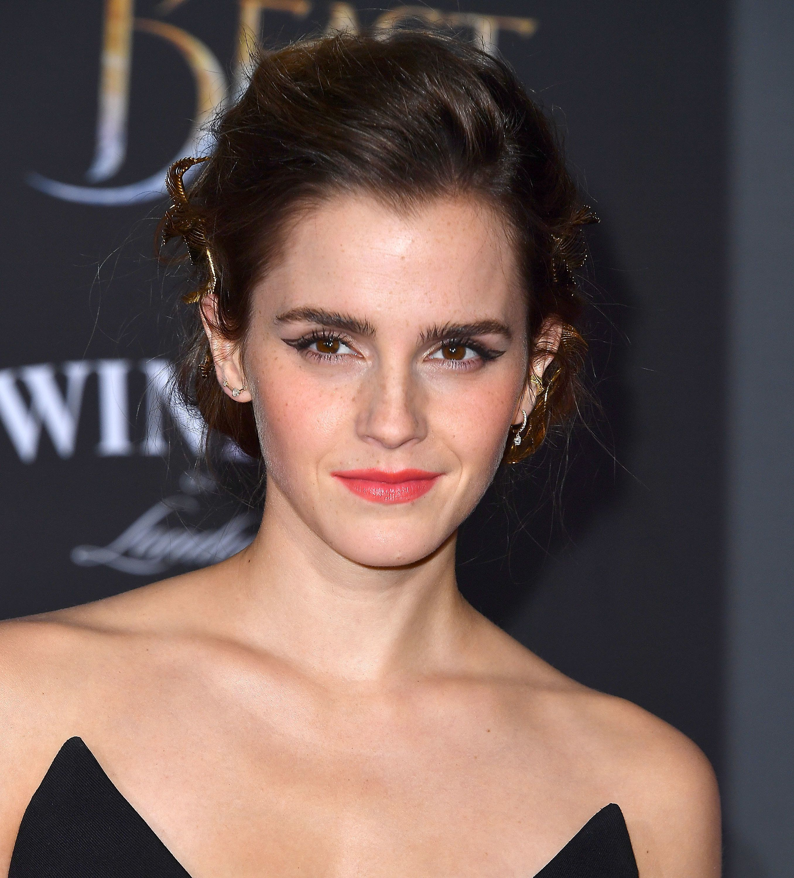 Emma Watson Conditions Her Pubic Hair And She's Not Afraid To Tell Us