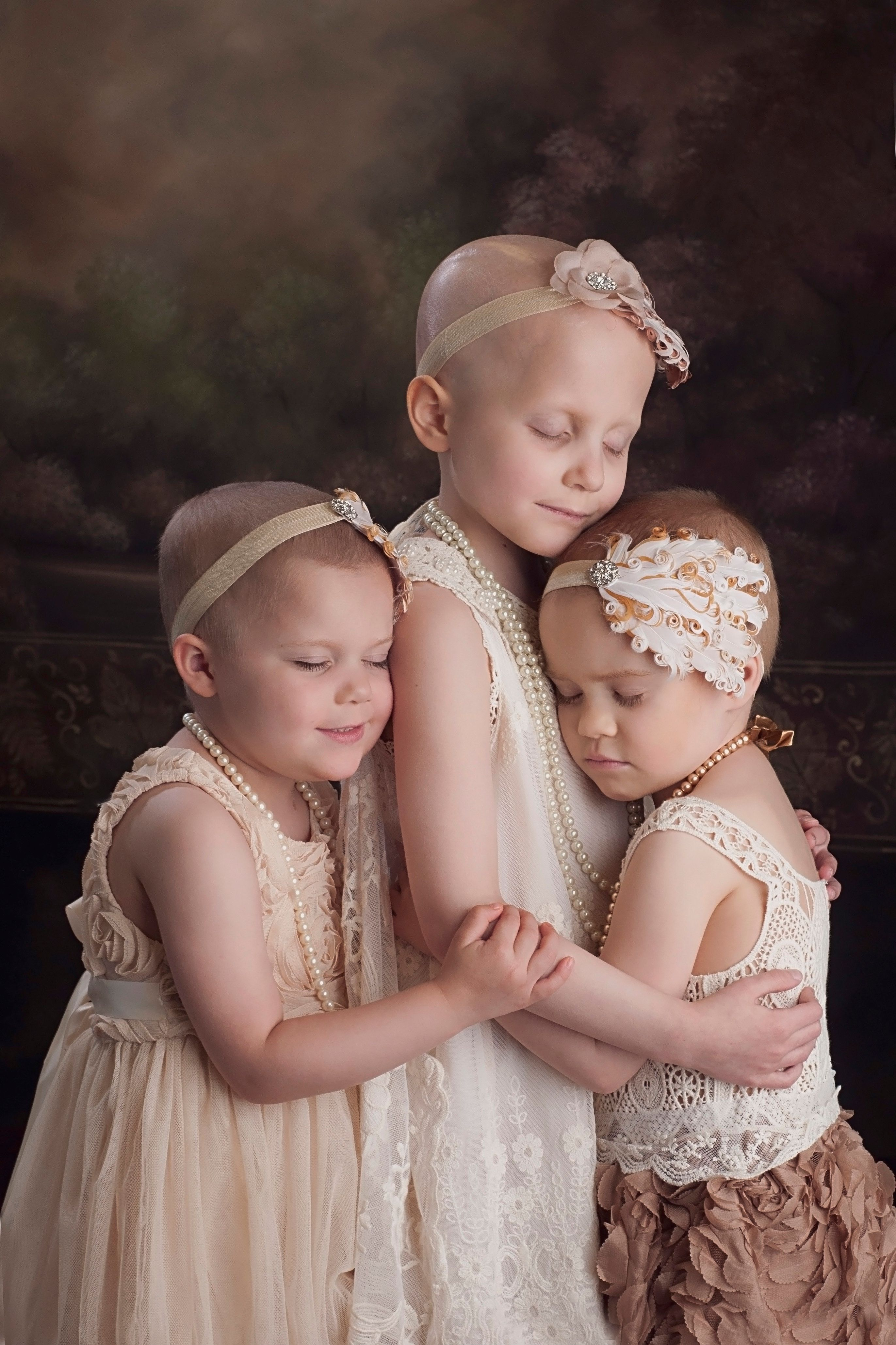 Scantling took this viral photo of the three girls in 2014.