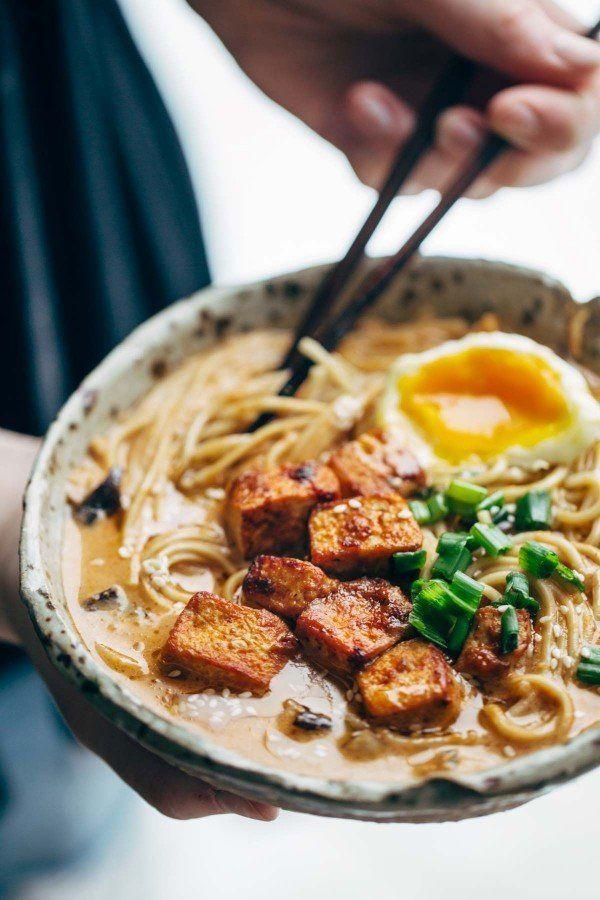 "<strong>Get the <a href=""http://pinchofyum.com/homemade-spicy-ramen-with-tofu?ncid=APPLENEWS00001"" target=""_blank"">Homemade S"