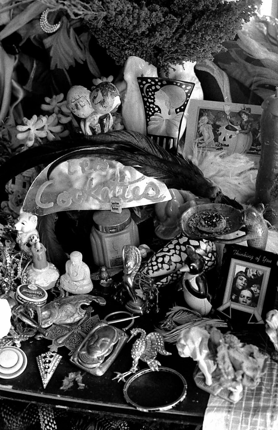 Cockette Assemblage, 1971. Photo by Fayette Hauser. Courtesy of Fayette Hauser and Museum of Arts and Design.