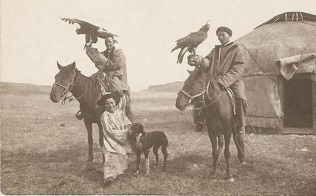 Kazakh Eagle Hunters, early 1900's