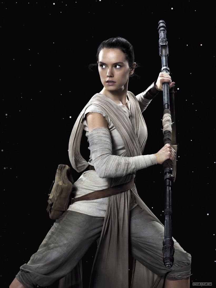 "Daisy Ridley as Rey in <em>Star Wars The Force Awakens</em> <a rel=""nofollow"" href=""https://www.celebmafia.com/"" target=""_bla"