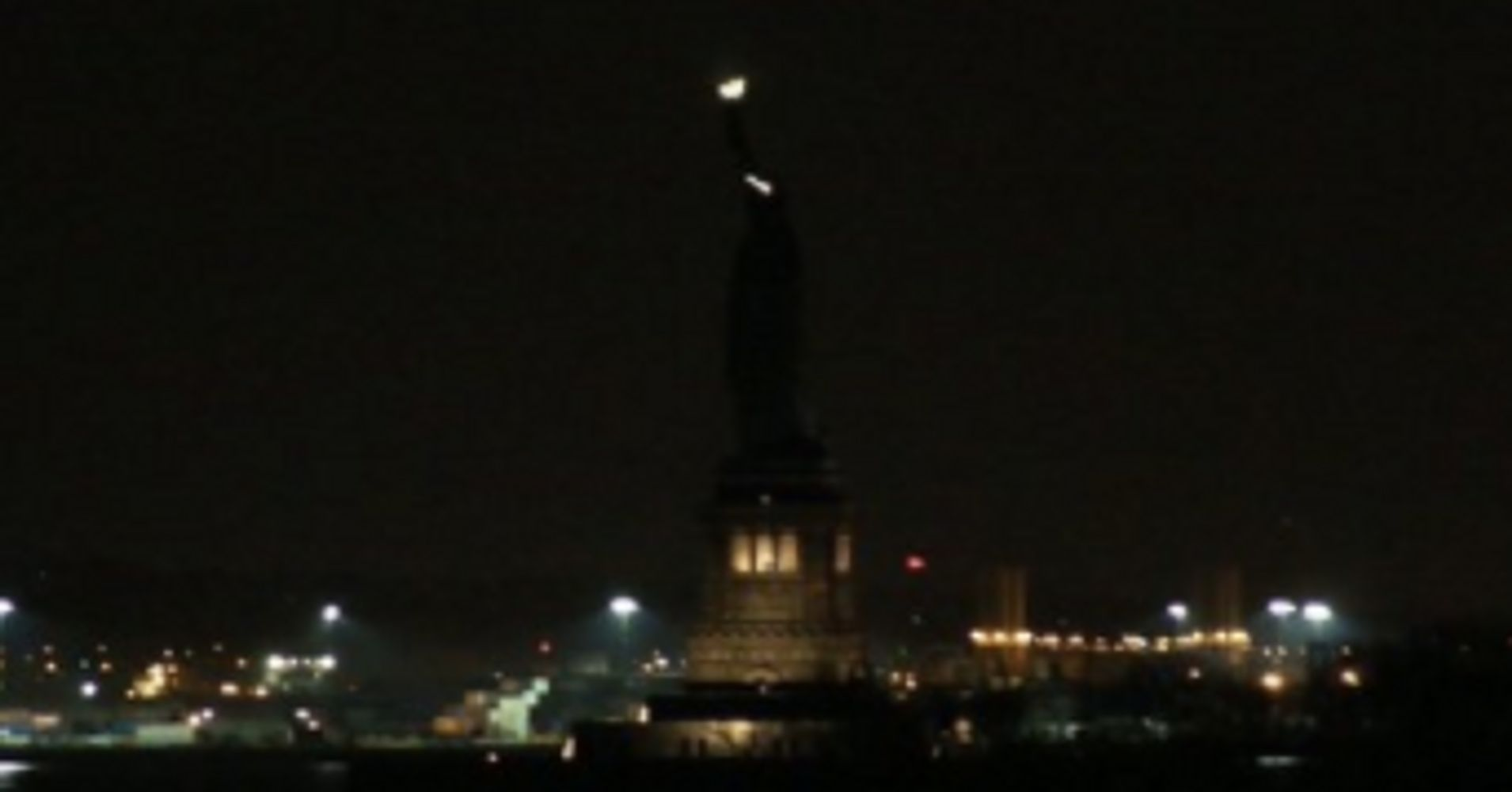Lights go out at the statue of liberty huffpost biocorpaavc