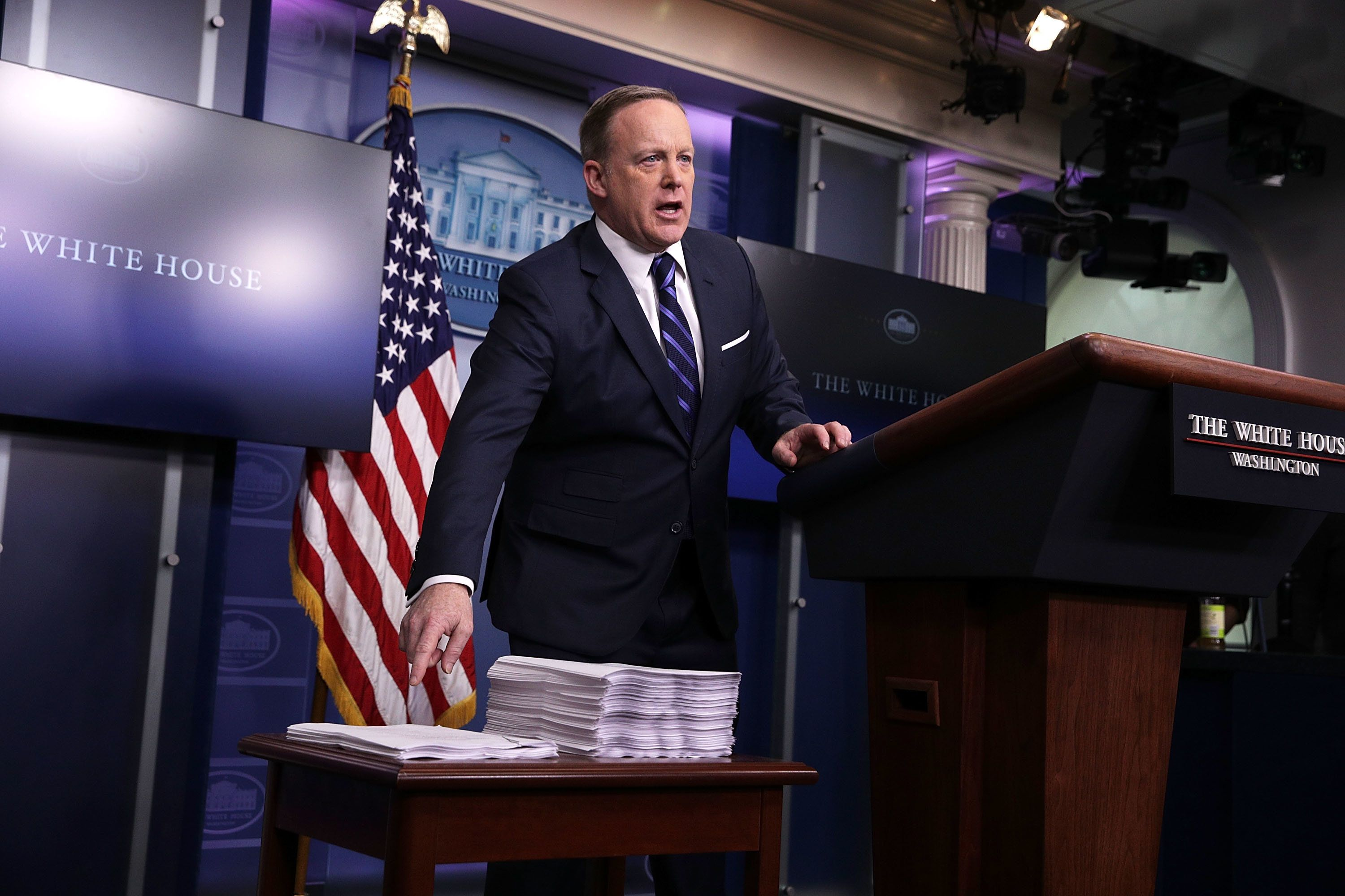 Sean Spicer Torn Apart Over 'Stupidest Ever' Press