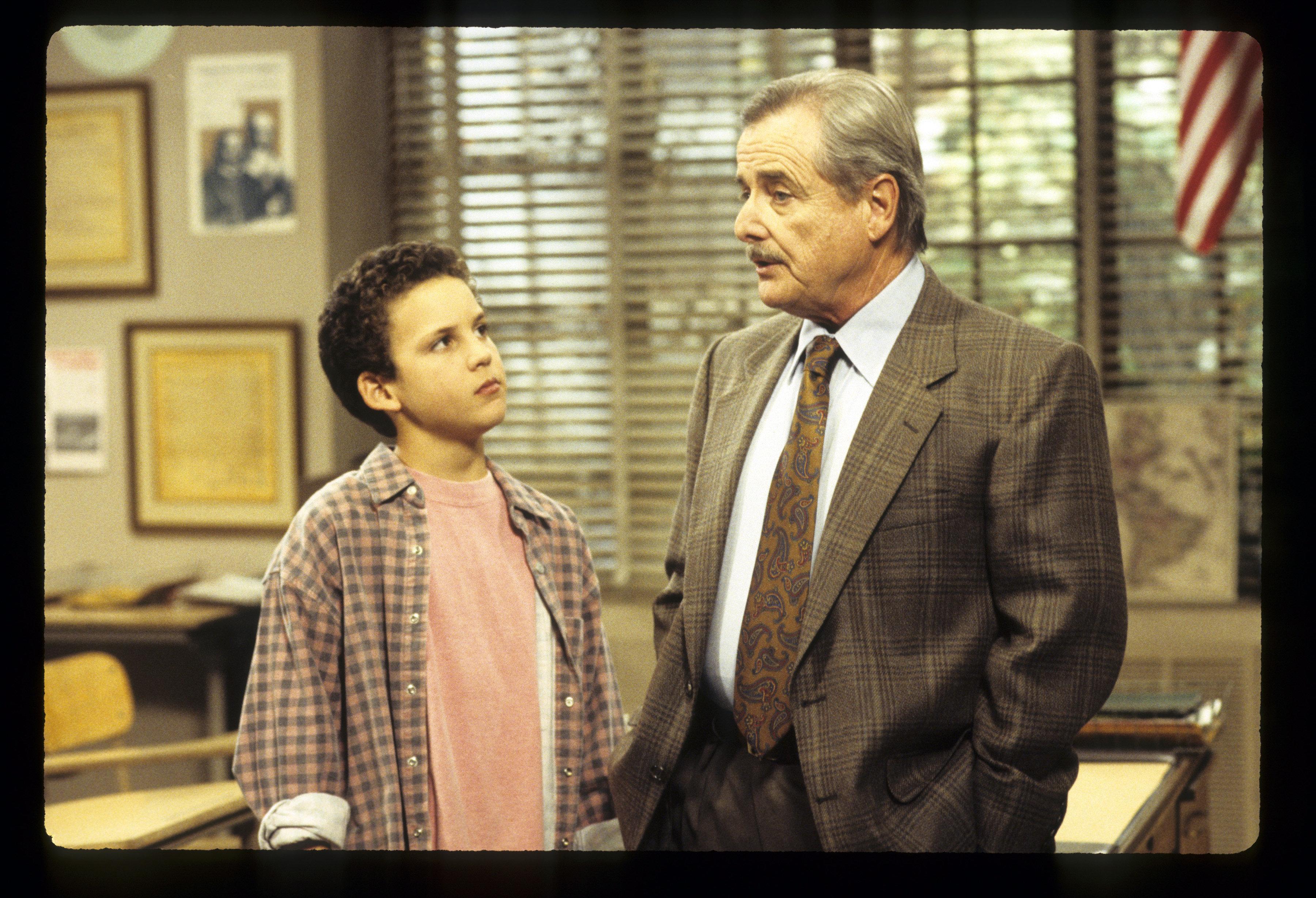 BOY MEETS WORLD - 'Teacher's Bet' - Airdate: November 19, 1993. (Photo by ABC Photo Archives/ABC via Getty Images) L-R: BEN SAVAGE;WILLIAM DANIELS
