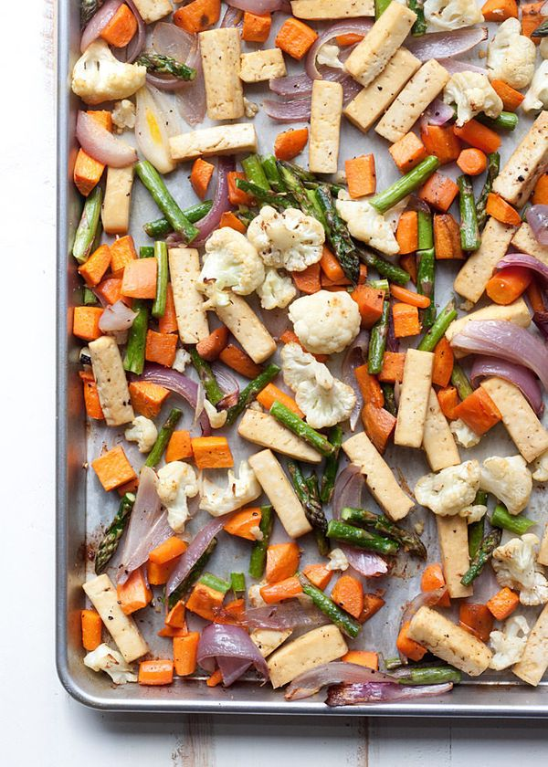 "<strong>Get the <a href=""http://www.kitchentreaty.com/sheet-pan-tofu-veggie-dinner/"" target=""_blank"">Sheet Pan Tofu Veggie Di"