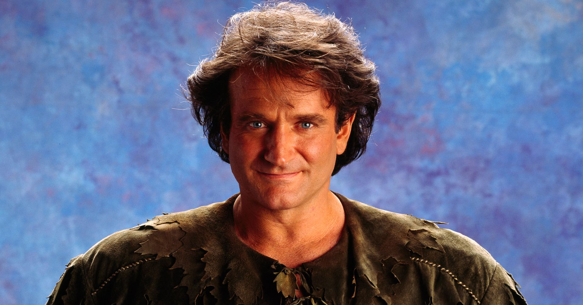 About That Time Robin Williams Mooned The Cast Of 'Hook ...