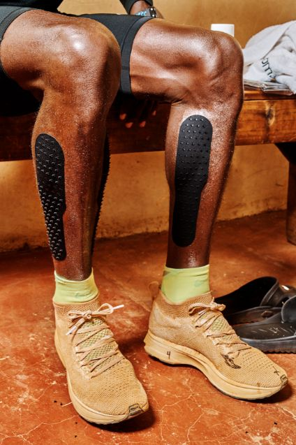 <p>A close up of Kipchoge's Vaporfly Elites. He's been running in some version of the shoe for the better part of a year.</p>