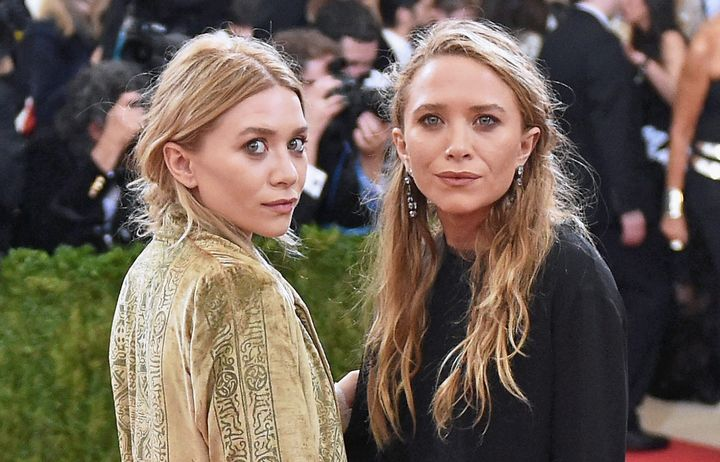 the olsen twins reportedly settle lawsuit with former. Black Bedroom Furniture Sets. Home Design Ideas