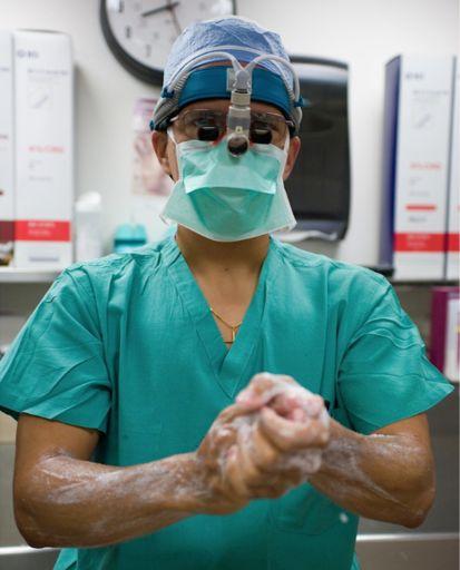 Dr. Harold Fernandez